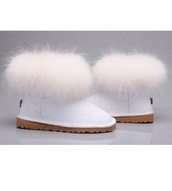 shoes,ugg boots,white,boots,furry uggs,uggs mini fox fur