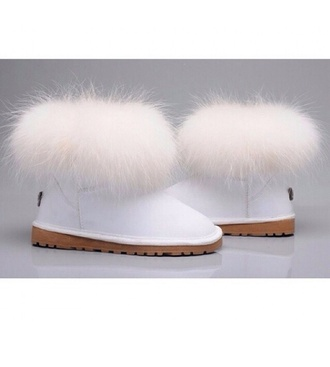 shoes furry uggs white