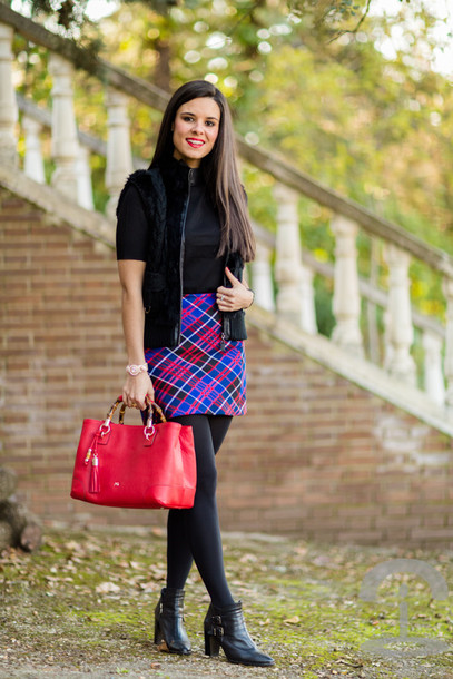 crimenes de la moda blogger handbag red bag tartan