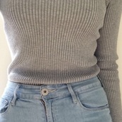 top,light gray,sweater,grey sweater,casual,jeans,shirt