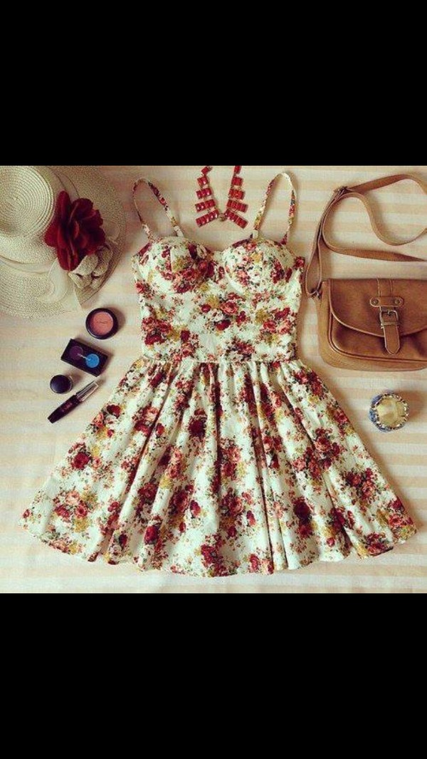 dress floral summer clothes bag make-up belt hat rise flowers floral dress skater dress vintage roses bustier bustier dress floral bustier cute flowers cute dress floral white floral short dress rose short dress floral dress red dress yellow dress girly girly grunge tumblr floral dress mini dress purse necklace bracelets brown