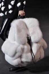 bag,fur backpack,white,bookbag,fur,cute,furry backpack,backpack