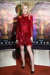 dress,red,red dress,prom dress,elle fanning,pumps,lace dress,mini dress,sequin dress