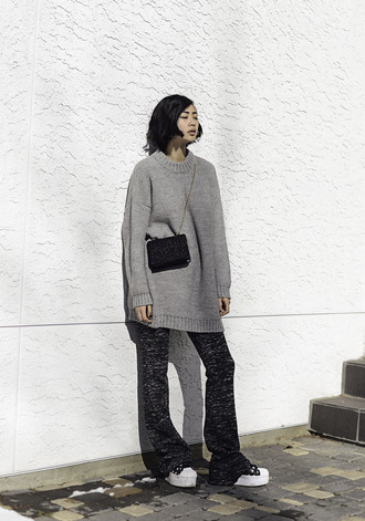 ordinary people blogger grey sweater oversized sweater mini bag flare pants knitwear