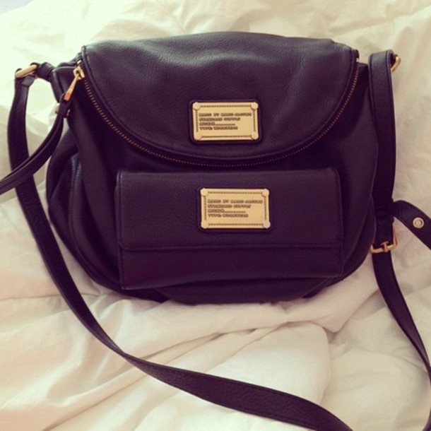 a34adc9394731a bag black and gold tumbr stylish side bag all black and gold wishlist black  gold pockets