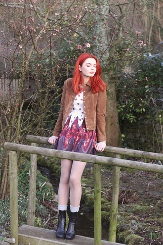 hannah louise fashion blogger socks patterned dress suede jacket red hair