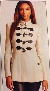 coat,cream coat