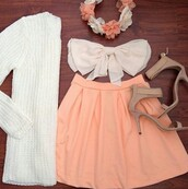 sweater,knitt sweater,bow bandeau,pastel skirt,flower crown,nude heels,shirt,skirt,shoes,hair accessory,saumon skirt,blouse