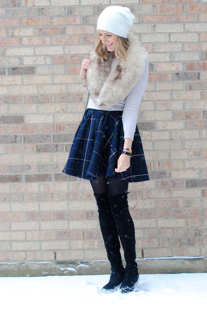 see jane blogger sweater plaid skirt circle skirt navy