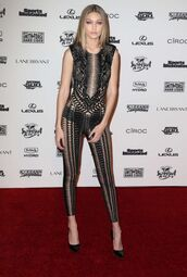 jumpsuit,lace,see through,gigi hadid,pumps,shoes,NY Fashion Week 2016,black jumpsuit,bella hadid