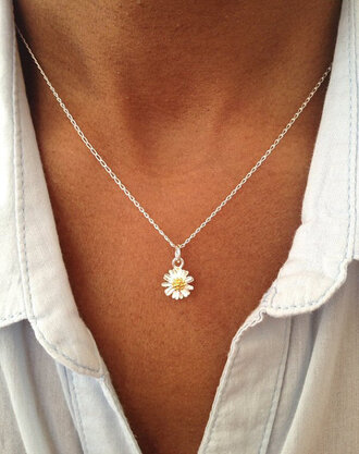 jewels daisy daisy necklace flower necklace