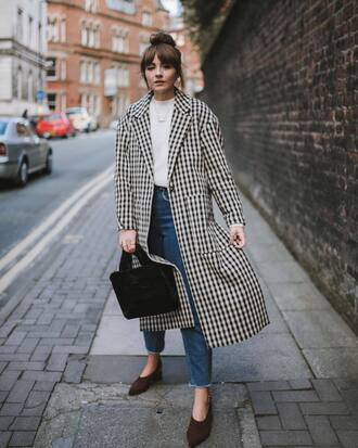 coat white sweater tumblr houndstooth sweater denim jeans blue jeans shoes bag furry bag black bag fall outfits gingham