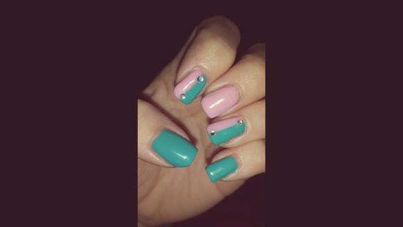 pink green colorful patterns nail polish green nails pink nails pink nailpolish colorblock rhinestones rhinestoned seafoam green