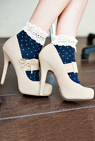 socks cute hipster high heels vintage girly nice nice outfit cute high heels cute socks dotted blue