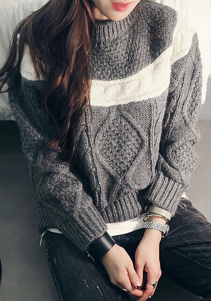 Knitted dark grey pullover