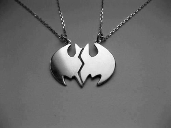 jewels 2 couple necklace couple half pair necklace batman silver retro cute blouse sabrina carpenter blanc airmaxes