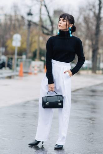 le fashion image blogger jewels bag pants shoes handbag white pants wide-leg pants fall outfits