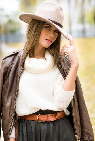ms treinta blogger sweater skirt jacket hat belt waist belt thin belt brown leather belt leather belt