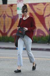 sweater,fall outfits,fall sweater,fall colors,casual,streetstyle,dakota johnson,denim