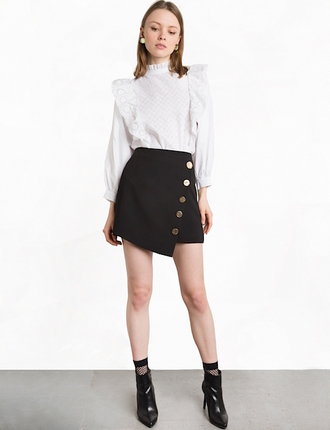 lefashion blogger blouse skirt shoes black skirt white blouse ankle boots button up button up skirt ruffle shirt pixie market