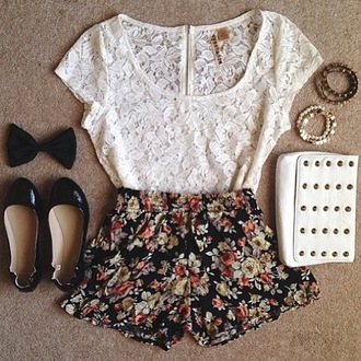 shorts floral bow lace white black tumblr t-shirt top nice bracelets short bag shoes