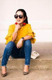 cute & little,blogger,t-shirt,top,jeans,shoes,sunglasses,jewels,bag,gucci bag,pumps,high heel pumps,yellow top,fall outfits