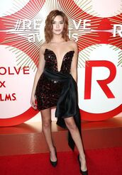 dress,amanda steele,celebrity,sequins,sequin dress,plunge dress