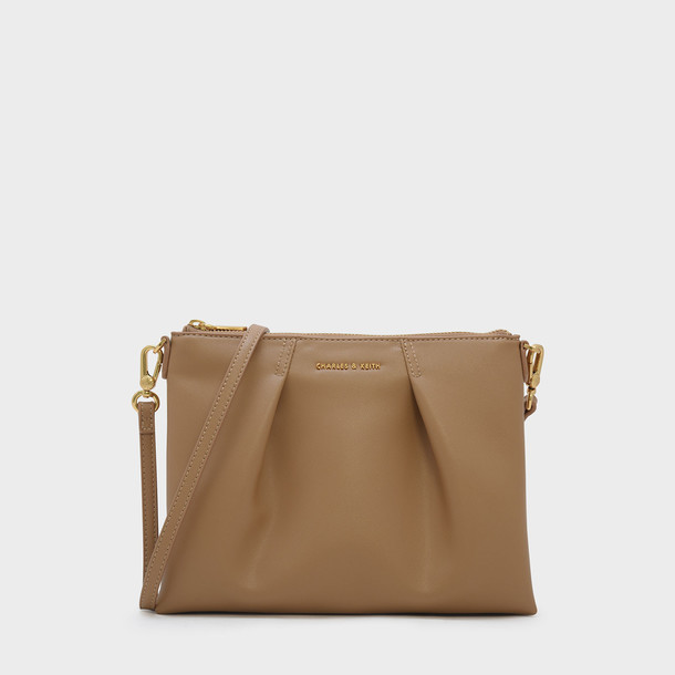 zip bag beige
