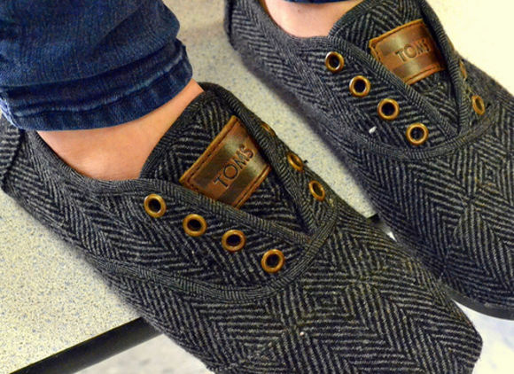 shoes toms grey herringbone flats hipster indie grey shoes wool