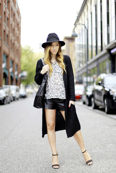 flirting with fashion blogger cardigan blouse bag jewels leather shorts