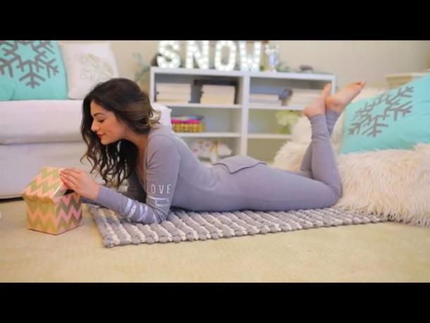 how to make clothes look like pyjamas