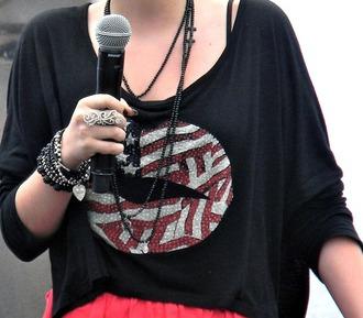 black shirt lips american flag shirt