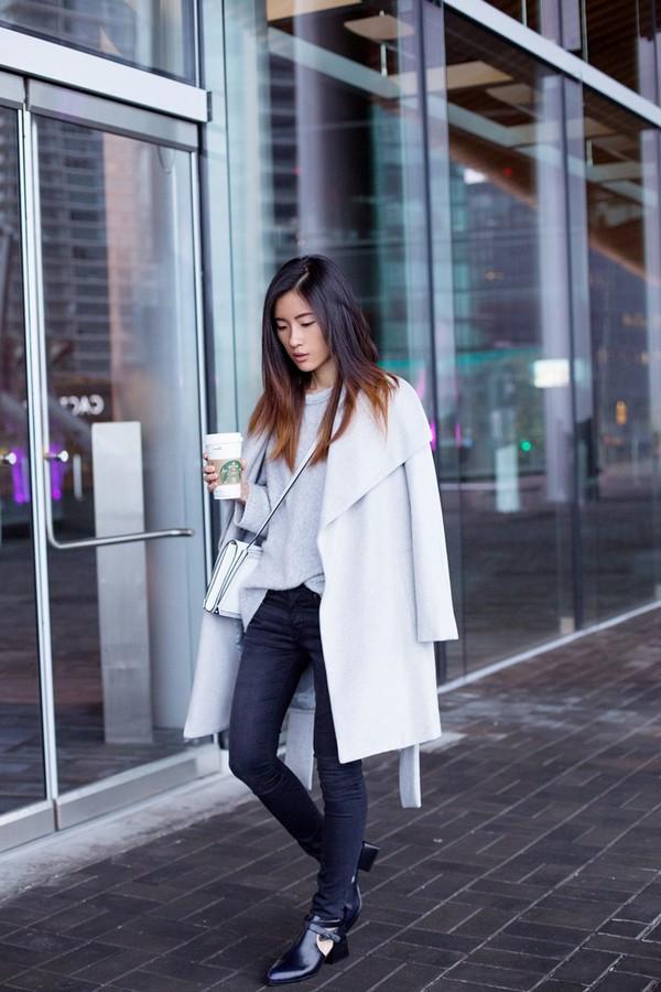 von vogue blogger jeans bag