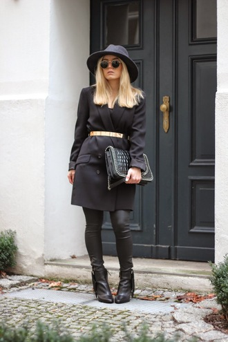 fashion twinstinct blogger waist belt round sunglasses black coat
