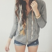 sweater,jewels,shorts,jacket,grey hoodie,white,hair,ombre,comfy,comfysweater,hoodie,american apparel,girly,beautiful,gray hoodie,zip,coat,hipster,vintage,cute,i like it,tresse,veste,grise,bracelets,grey jacket,casual,this color pls,denim shorts