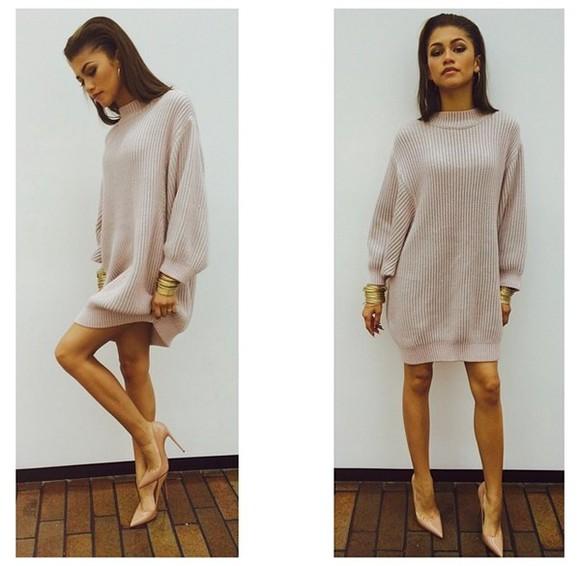 knit dress sweater dress zendaya comfy sweater shoes jewels top dress girly zswagg zendayamaree minidress cream knitwear high heels jumper textured sweater knitted cardigan beige new