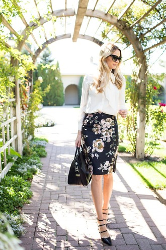 ivory lane blogger office outfits floral skirt white shirt
