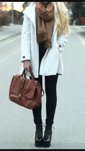 beige,fall outfits,baggy,rainy,cold,jacket,pinterest,big coat,nice,cute jacket,white jacket,white coat,winter coat,grunge,hipster,rad,cute sweaters,cute jacket fashion black tan,white jacket wow,hipster sweater,expensive coat,boots,cardigan,scarf,bag