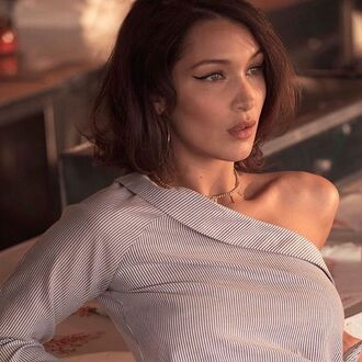 jewels jewel cult jewelry necklace choker necklace gold gold necklace gold choker bella hadid gigi and bella hadid model celebrity style celebrity