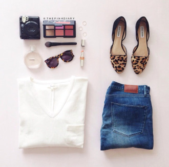 tank top clothes t-shirt white t-shirt white jeans denim shoes slippers leopard print women slippers sunglasses leopard print sunglasses make-up