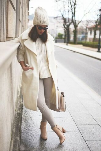 coat white and beige outfit white and beige white coat sweater white sweater beanie pants beige pants boots thick heel block heels bag nude bag winter outfits winter look tumblr white winter outfit