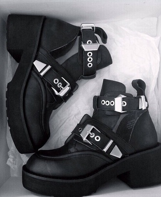 shoes black shoes style fashion