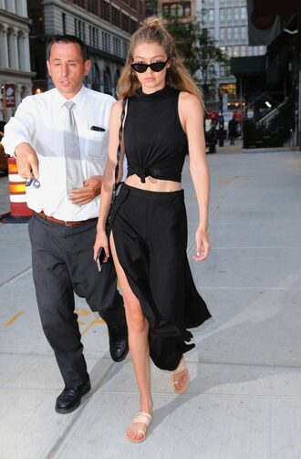 skirt top slit skirt gigi hadid model off-duty all black everything pants