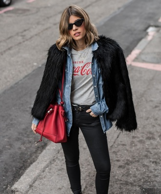 ms treinta blogger coat t-shirt shirt jeans shoes sunglasses bag red bag coca cola fur coat black jeans winter outfits