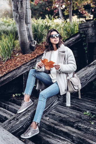 viva luxury blogger jacket sweater shoes jeans bag sunglasses shearling jacket grey jacket sneakers shoulder bag grey bag skinny jeans fur collar jacket