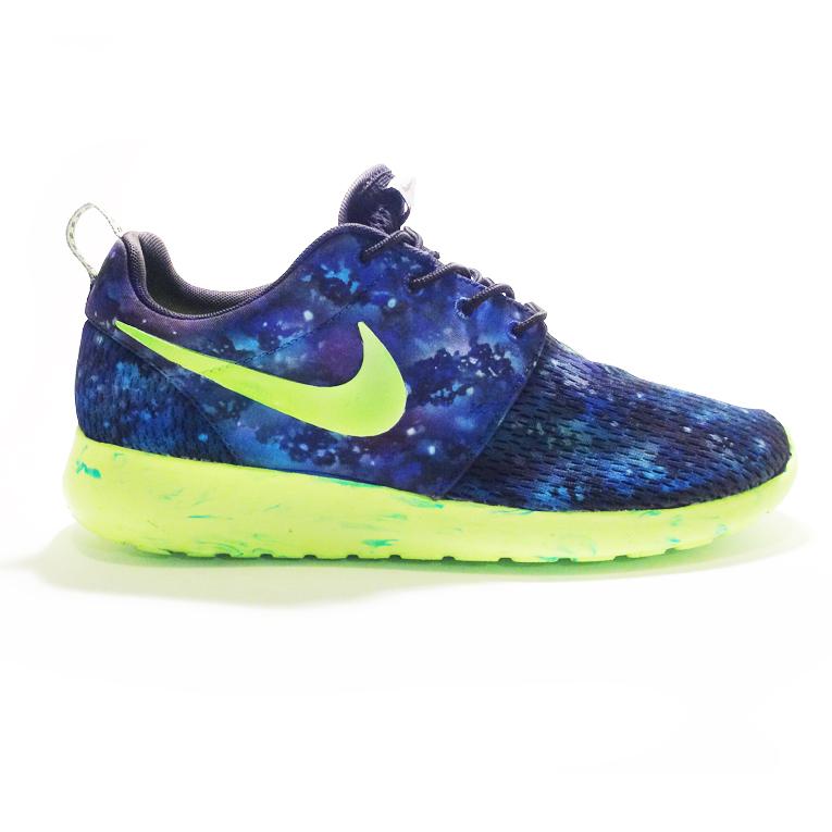 Roshe Runs Nebula Nike...