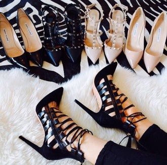 shoes style shoe addict black heels high heels valentino nude nude heels classy patent