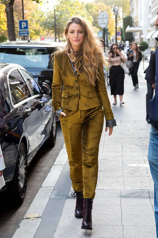 jacket velvet blake lively fall outfits suit pants celebrity