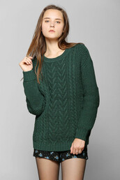 sweater,knitted sweater,forest green,dark green,pullover
