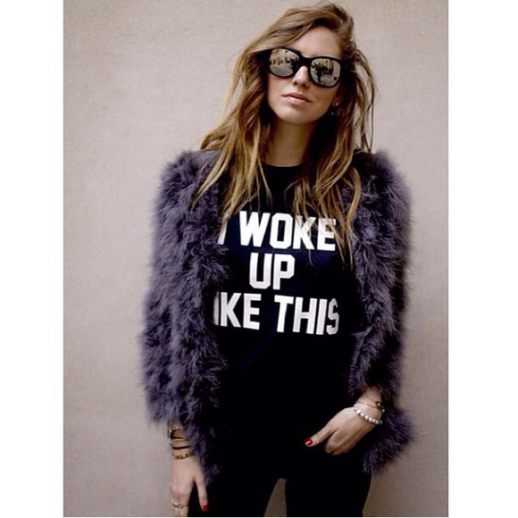 shirt black shirt printed shirt fur coat fur sunglasses chiara ferragni ombre hair blonde salad pretty t-shirt cute jacket
